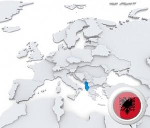Die Karte mit der Position Albaniens und dem Flaggensymbol.