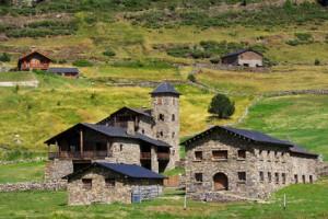 Ein kleines Dorf im schönen Land Andorra.
