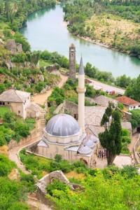 Eine Moschee in Bosnien-Herzegowina.