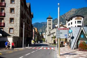 Das Leben in Kleinstädten Andorras.