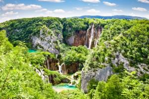 Blick auf die Wasserfälle.